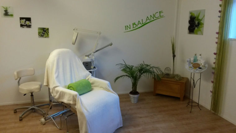 ein Behandlungsraum des Kosmetikstudios in Balance in Blaichach